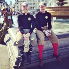 The Cyclechic Blog | A fine pair of dapper chaps in caps.