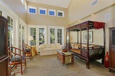 Living Room, 65 Cape Andover