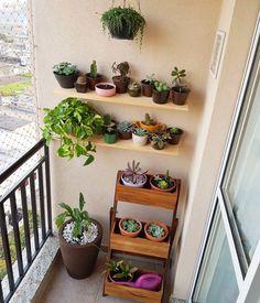 50 Most Inspiring Small Balcony Decoration Ideas To Look Modern Small Balcony Decor, Small Balcony Design, Small Balcony Garden, Balcony Plants, House Plants Decor, Small Patio, Plant Decor, Indoor Plants, Small Balconies