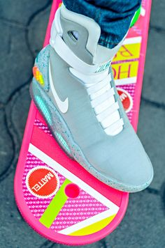 Nike Air Mag and the official hover board Nike Air Mag, Nike Heels, Sneakers Nike, Adidas Shoes, Nike Running, Running Shoes, Nike Shoes Cheap, Cheap Nike, Back To The Future