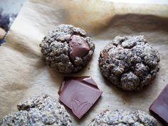 Makové sušienky s horkou čokoládou