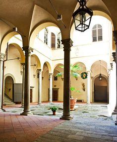 Italian pallazzo - loggia, atrium courtyard