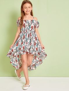 To find out about the Girls Tribal Print High Low Ruffle Hem Dress at SHEIN, part of our latest Girls Dresses ready to shop online today! Baby Dress Design, Baby Girl Dress Patterns, Frock Design, Kids Summer Dresses, Cute Girl Outfits, Little Girl Dresses, Club Outfits, Cute Girl Dresses, Woman Outfits