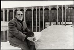 "Oscar Niemeyer in front of the Palazzo Mondadori. Photo via Mondadori.com: ""It is important that the architect think not only of architecture but of how architecture can solve the problems of the world. The architect's role is to fight for a better world, where he can produce an architecture that serves everyone and not just a group of privileged people."" #Architecture #Oscar_Niemeyer #Inspire"