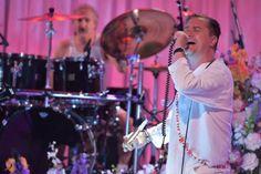 """Faith No More toca """"Easy"""" no programa de Jimmy Fallon. Veja! #Brasil, #Grupo, #Hit, #JimmyFallon, #Música, #Musical, #Rock, #RockInRio, #SãoPaulo, #Show, #Slipknot, #Televisão http://popzone.tv/faith-no-more-toca-easy-no-programa-de-jimmy-fallon-veja/"""