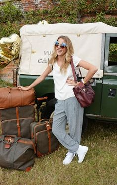 Cara Delevingne wearing a Mulberry bag at Wilderness Festival 2014