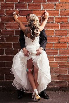 18 Sexy Wedding Pictures For Unforgeatable Memories ❤ See more: http://www.weddingforward.com/sexy-wedding-pictures/ #weddings #photography #weddingphotography