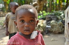 File of the Day June 24th, A cute boy in Zanzibar from andrea.sichel. Like and Share it with your friends to support this photo: https://fliiby.com/file/c98tuhzzkz3/?utm_content=buffera5d27&utm_medium=social&utm_source=pinterest.com&utm_campaign=buffer #fliiby #photooftheday #potd #photo