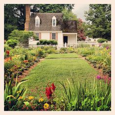 Colonial Williamsburg Virginia Home Cottage Garden. I loved this place. I love history! Taking the kids next time
