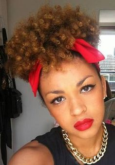 Pin up afro girl