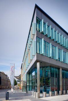 Aluminium column casing supplied by Eltherington for the Edinburgh International Conference Centre. #architecture #aluminium