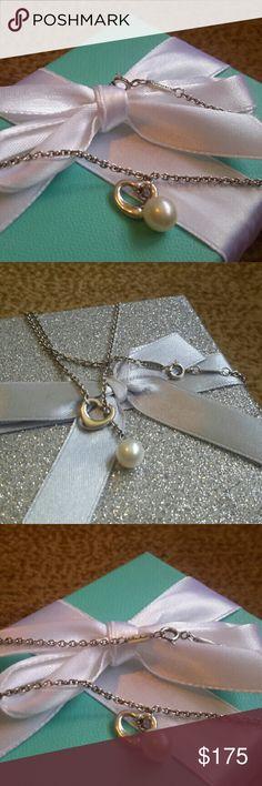 """Tiffany & Co. Elsa Peretti Pearl Lariat Necklace Tiffany & Co. sterling silver 925 Elsa Peretti Pearl Lariat Necklace 19""""1 Tiffany & Co. Jewelry Necklaces"""