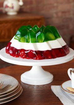 Gelatina de bandera mexicana-Creatividad luce con este postre de colores de la bandera Mexicana ¡pruébalo hoy con tus colores preferidos!
