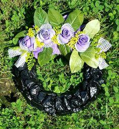 Floral Wreath, Wreaths, Halloween, Home Decor, Floral Crown, Decoration Home, Door Wreaths, Room Decor, Deco Mesh Wreaths