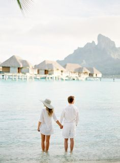 Where to stay: Bora Bora: http://www.stylemepretty.com/2015/07/15/getaway-guide-to-bora-bora-from-the-honeymoonist/ | Photography: Jose Villa - http://josevilla.com/