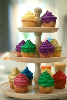 Glitterbomb Cupcakes... Two of my favorite things... Sparkle and cake!