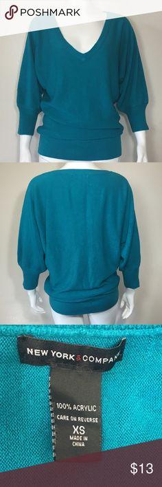 New York & Company sweater Cute blue green 3/4 sleeve sweater in good condition New York & Company Sweaters V-Necks