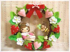 画像をクリックするとウィンドウを閉じます Felt Wreath, Wreaths, Christmas Ornaments, Holiday Decor, Home Decor, Decoration Home, Door Wreaths, Room Decor, Christmas Jewelry