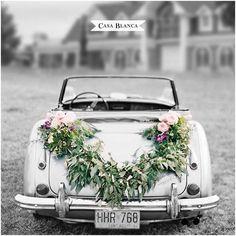 Sonríe Si te casas con nosotros este invierno obtienes importantes #Descuentos y #Beneficios!! Conoce los pack de #Matrimonios y obtén más información aquí→ on.fb.me/1KbbRny Casa Blanca Centro De Eventos www.cbeventos.cl
