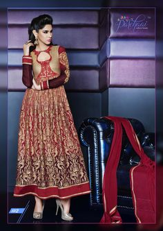 AN INDIAN TRADITIONAL BRIDE GOWN