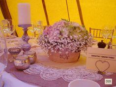 Love this wedding centrepiece from Stucio & Waow