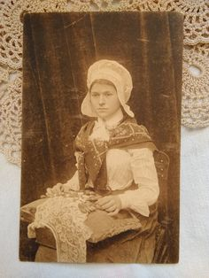 Antique, sepia Belgian photo-postcard, folk art, lady with Flemish lace, Nels,Bruxelles cca. 1910s' Old Photos, Vintage Photos, Folk Clothing, Boys Playing, Photo Postcards, Etsy Shipping, Rare Antique, First Photo, Little Boys
