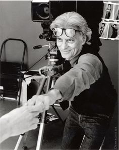 For more than fifty years, Richard Avedon's portraits have filled the pages of the country's finest magazines. http://www.goldenfingers.info/photography-richard-avedon/