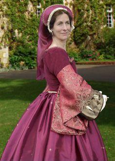 Elizabethan historical Tudor gown by Heritage Dressmakers on Etsy