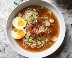 Healthy Ramen Hacks That WIll Blow Your Mind Homemade Ramen with Bacon and Soft-Boiled Eggs Ramen Noodle Recipes, Soup Recipes, Cooking Recipes, Ramen Noodles, Noodle Soups, Asian Noodles, Beef Recipes, Asian Recipes, Healthy Recipes