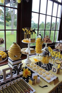 """Sweet Simplicity Bakery — Bumblebee Themed Baby Shower (""""Mommy To Bee"""")..."""