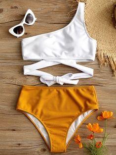 One shoulder two-tone bikini YELLOW WHITE Summer Bathing Suits Bikini Shoulder t. - One shoulder two-tone bikini YELLOW WHITE Summer Bathing Suits Bikini Shoulder twotone White Yellow Source by - Bikini Babes, Bikini Modells, Push Up Bikini, Bikini Tops, Bikini Girls, Bikini Bottoms, Summer Bathing Suits, Cute Bathing Suits, Bathing Suits For Teens