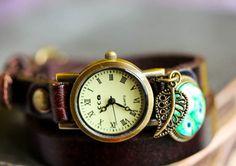 Leder Armbanduhr *Der blaue Pfau* von Bling-Bling Boutique auf DaWanda.com
