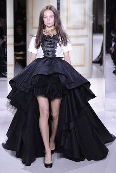 Giambattista Valli Spring Couture 2013 - Slideshow - Runway, Fashion Week, Reviews and Slideshows - WWD.com