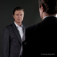 New Jimmy King portrait of David Bowie utilising another mirror. Turns out it was just a Reflektor.