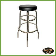 ART.0048 Sgabello costituito da un tubo tondo di acciaio nella struttura e da un sedile imbottito. Le ridotte dimensioni e una forma semplice che richiama le sedute da bar degli anni '50, lo rendono adatto a tutti gli ambienti. Finiture struttura: cromata.  Finiture sedile imbottito e rivestito: skai nero 33501. Dimensioni: 60x50xh97 cm.