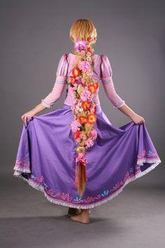 disney tangled cosplay rapunzel, loving the flowers in her hair!