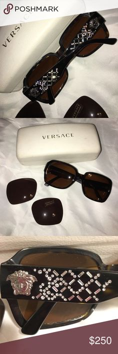 Authentic VERSACE Sunglasses Like New, I had my Rx put in, very light Prescription, and now I need progressive lens. They come with the Demo lens. You can have an optical store put the lens back in for you. Comes with Case, some wear to the Case only. They are Gorgeous!!❤️ Versace Accessories Sunglasses