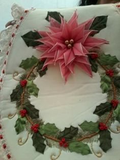 Muy hermoso Christmas Projects, Christmas Wreaths, Xmas, Diy Y Manualidades, Hand Painted Mugs, Embroidery Bags, Sewing Crafts, Garden Design, Diy And Crafts