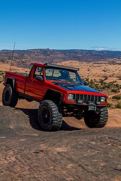 Jeep Comanche Full of Custom Tricks - Four Wheeler Comanche Jeep, Jeep Cherokee Xj, Jeep Xj, Jeep Pickup, Jeep Truck, Cool Trucks, Pickup Trucks, Badass Jeep, Jeep Wrangler Accessories