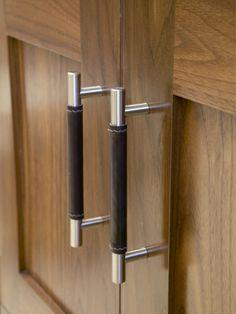 Half covered leather bar handle - Medium