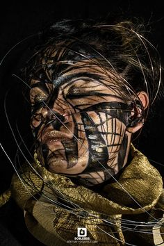 http://alxmarroquin.com/333328/a-picture-in-time #Fotografía #Bodypainting #Retrato #PhotoStyling #Fashion