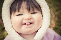 How to get chubby cheeks? Natural ways to get chubby cheeks. Home remedies to get chubby cheeks. Tips to get chubby cheeks naturally. Chubby Babies, Asian Babies, Little Babies, Cute Babies, Chinese Babies, Precious Children, Beautiful Children, Beautiful Babies, Baby Kind