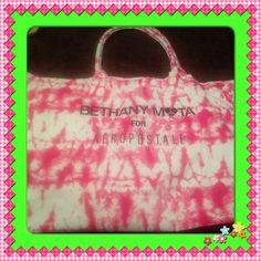 Cute, Cute, Cute Aeropostale tote bag!! XXL Tote bag! Super Cute!! Aeropostale Bags Totes