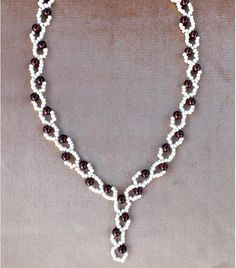 Free pattern for necklace Berries | Beads Magic