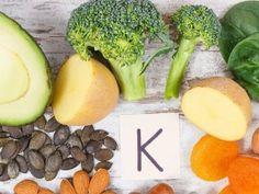 Χάστε βάρος : 1 κιλό την ημέρα με λεμόνι Celery, Sprouts, Vegetables, Food, Essen, Vegetable Recipes, Meals, Yemek, Veggies