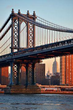 Manhattan Bridge, New York City Manhattan Bridge, Brooklyn Bridge, Go To New York, New York City, Monuments, Beautiful World, Beautiful Places, Photographie New York, New York Architecture