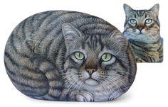Zefiro's portrait - acrylic on rock - cm. 15 | Custom cat portraits by Roberto Rizzo | www.robertorizzo.com