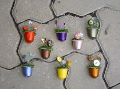 I want to do these and leave all over Madrid..... alternative graffiti.... to make people smile...