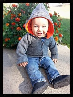 Super Cool Hoodie with Free Tutorials in 17 sizes by ASparklyBaby
