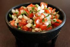 Pico de Gallo and Gaucamole in one fell swoop. Perfect for summer munching. this stuff! Mexican Salsa Recipes, Vegetarian Mexican Recipes, Mexican Dishes, Cooking Recipes, Healthy Recipes, Healthy Food, Guacamole Recipe, Simply Recipes, Tasty Dishes